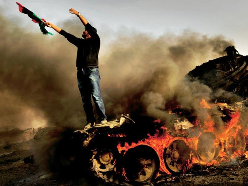 عکاسی زیر آتش: مد نیسن