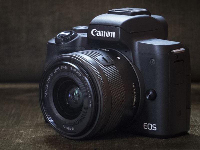 اولین دوربین بدون آینه کانن با قابلیت فیلمبرداری ۴k