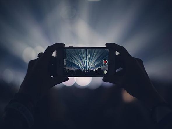 فیلمبرداری ۸k در گوشیهای هوشمند