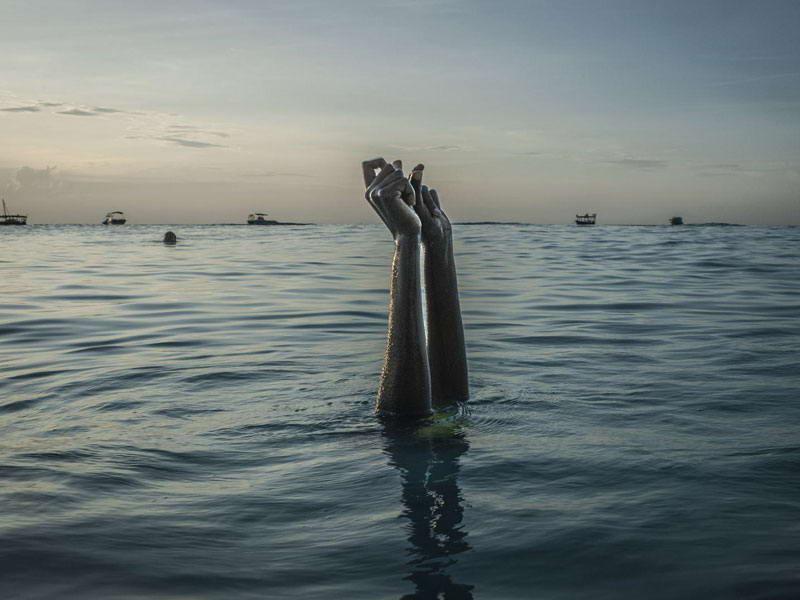 جست و جوی آزادی در آب