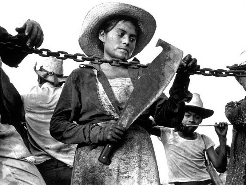 پشت نقاب: سفر به مکزیک دهه ۱۹۸۰