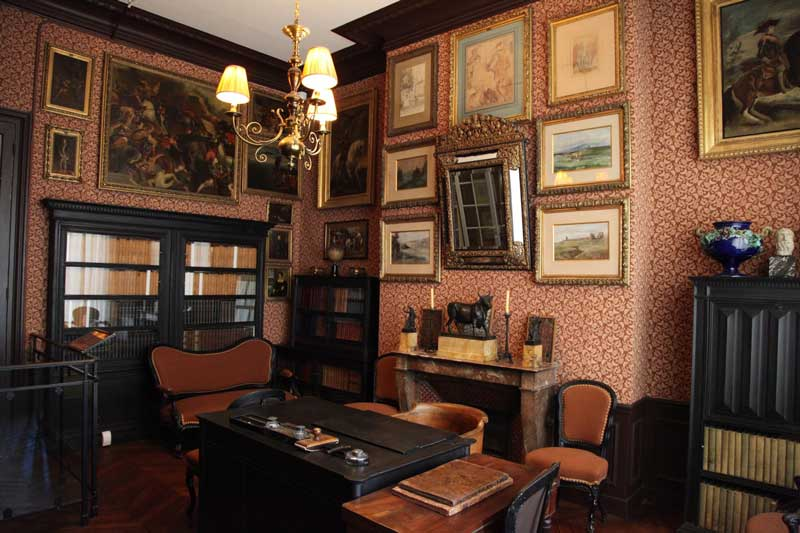 دفتر گوستاو مورو