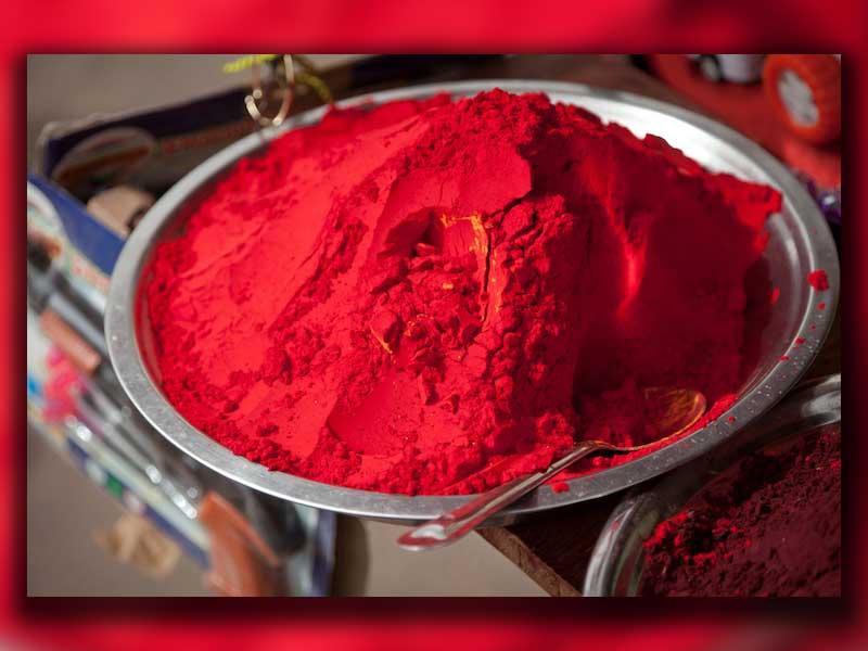 تاریخچه و انواع مختلف رنگ قرمز