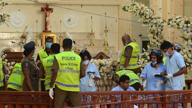 بمب گذاری در کلیسا