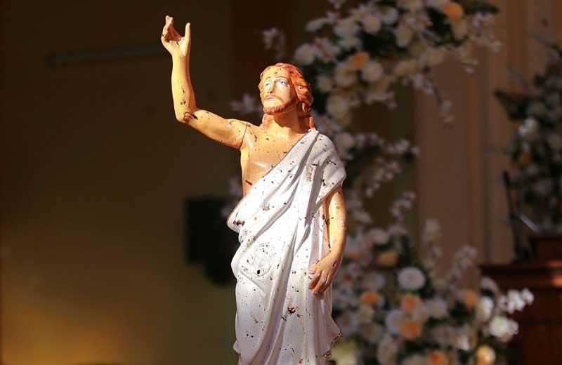 مجسمه خون آلود مسیح