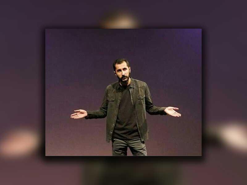 آریان رضایی در تماشاخانه ایرانشهر دروغ میگوید
